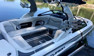 This Isn't Your Typical Rental Boat!! - Surf in Style on Lake Norman