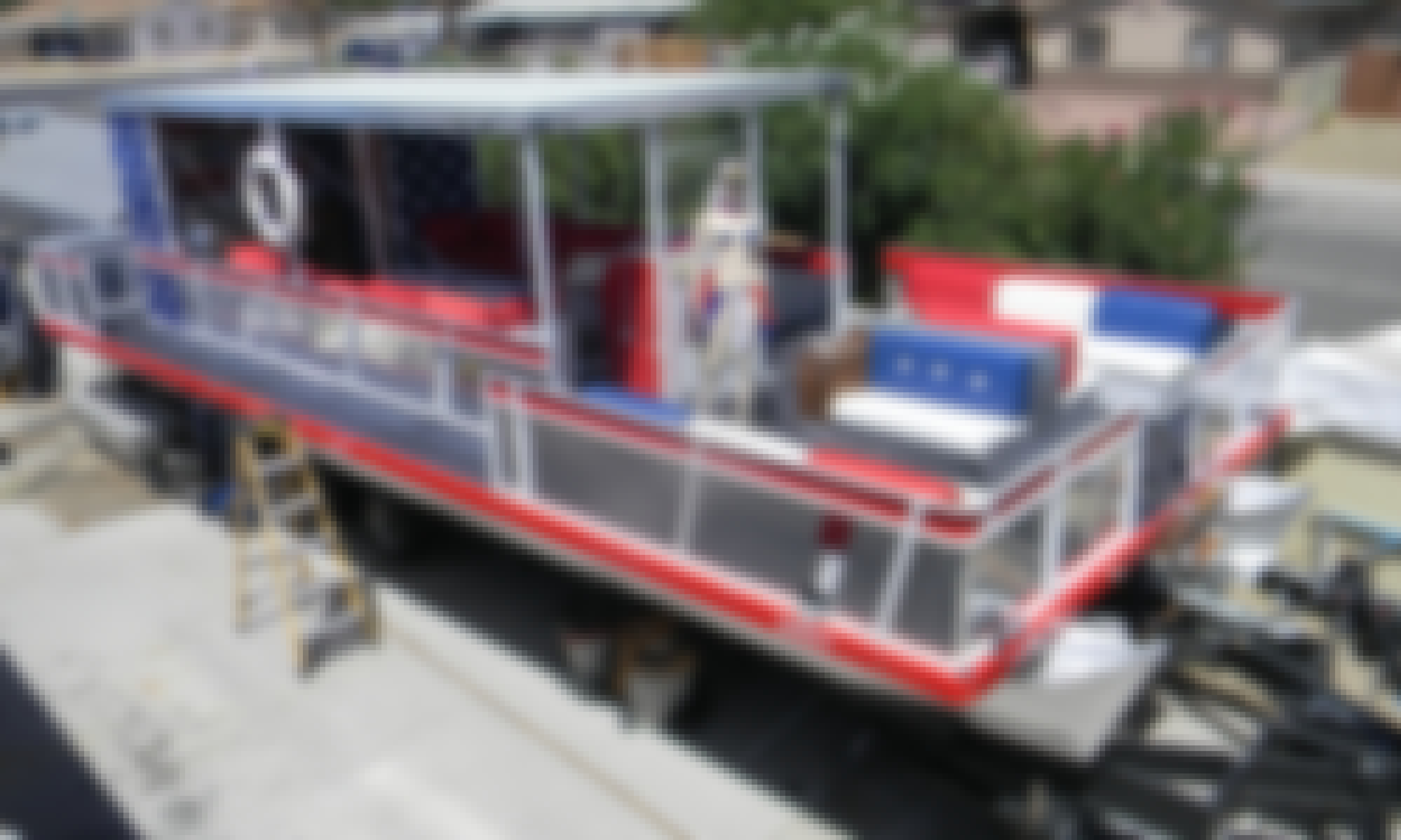 USA Themed Pontoon Boat for Up to 20 passengers!! Party in Style!