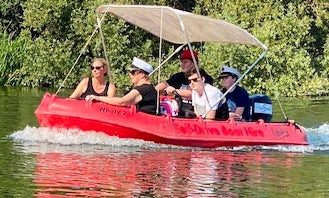 Self-Drive Boat Hire on River Thames