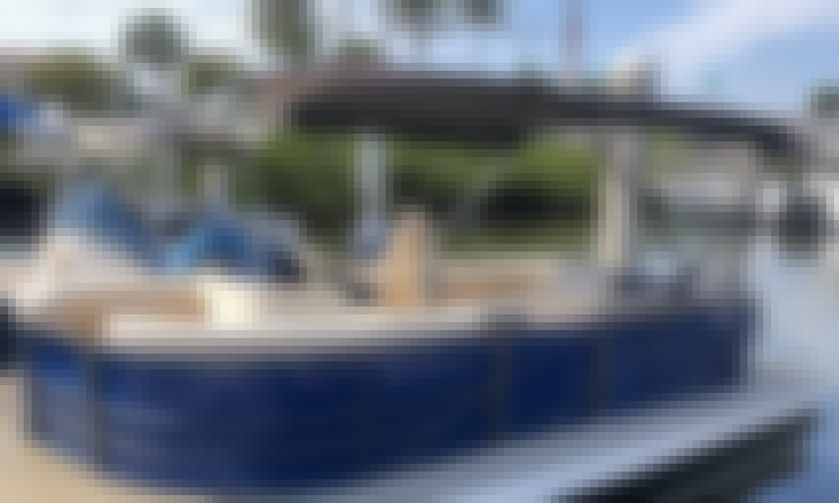 Book the 22' Lexington Pontoon Boat in Naples, Florida (GMB Bookings Must Be 7 days or more in advance of charter date)
