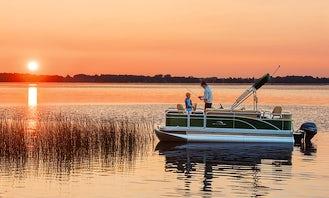 18' Avalon Pontoon Lounger Rental in Tampa Bay,  Florida