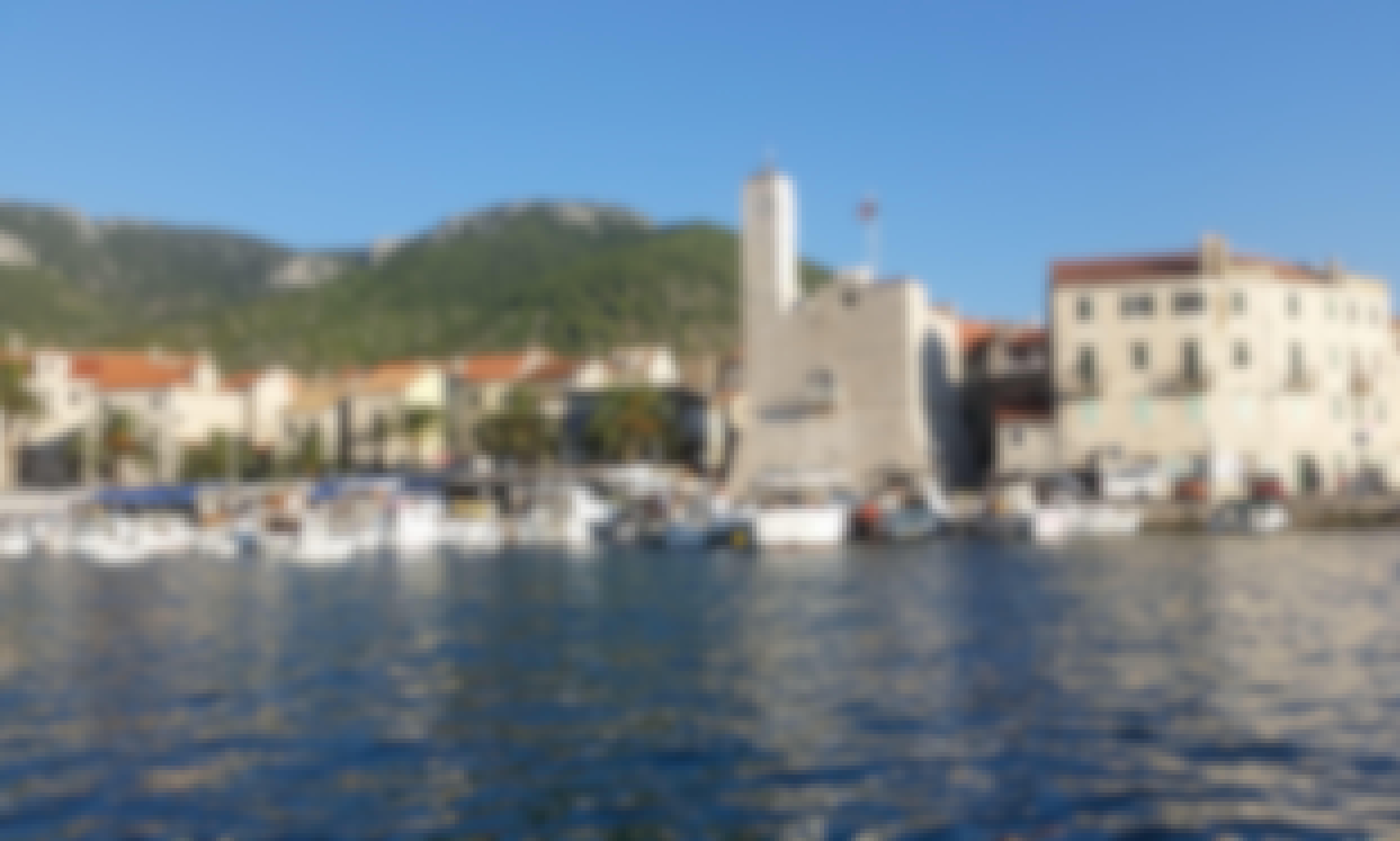 """PRIVATE Tour Boat Adventure to """"Mamma Mia"""" Island (Vis Island) from Split"""