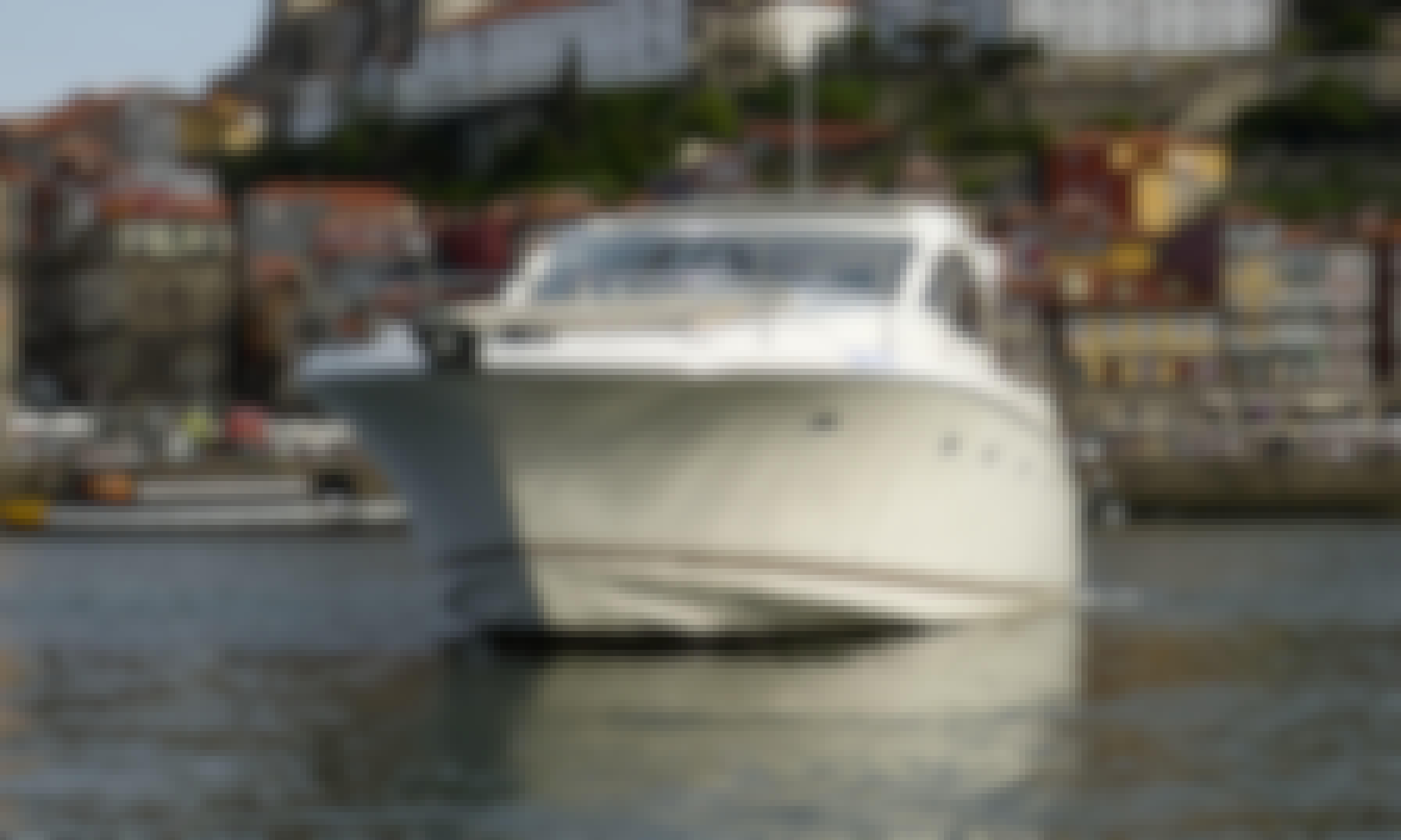Prestige Jeanneau 42' S Charter on the Douro River, Portugal