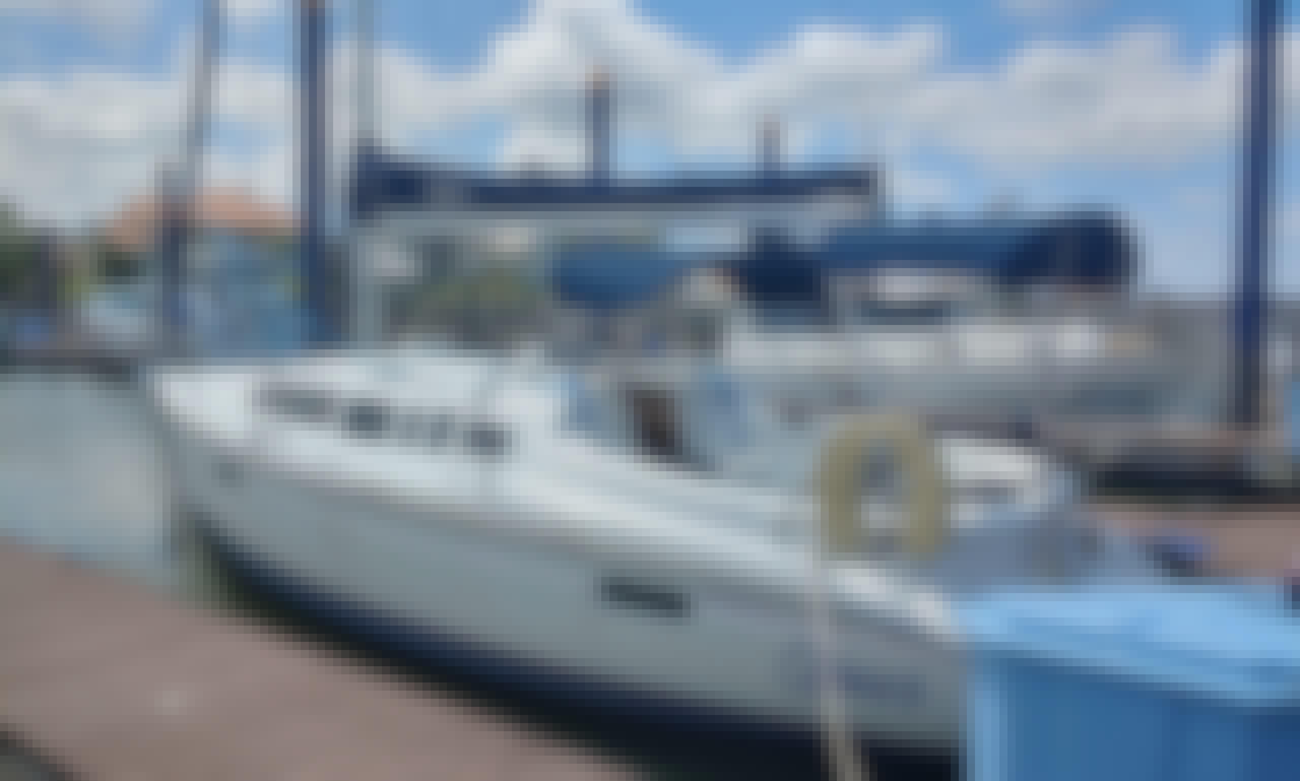 33.5' Cruiser Sailboat in Clear Lake Shores
