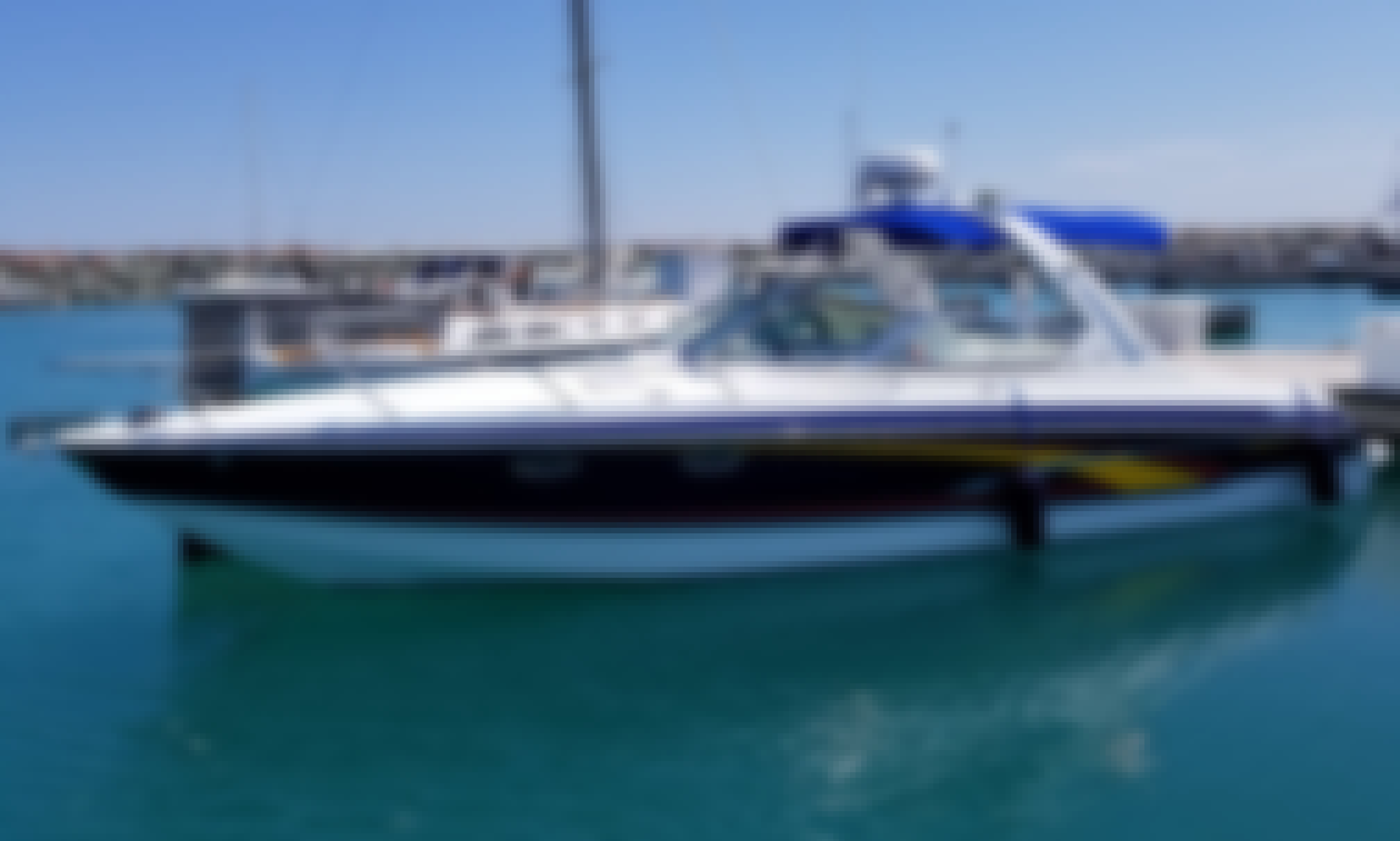 Formula 330SS Powerboat Charter in Chicago! Sunset Cruises, Birthday Parties and more!