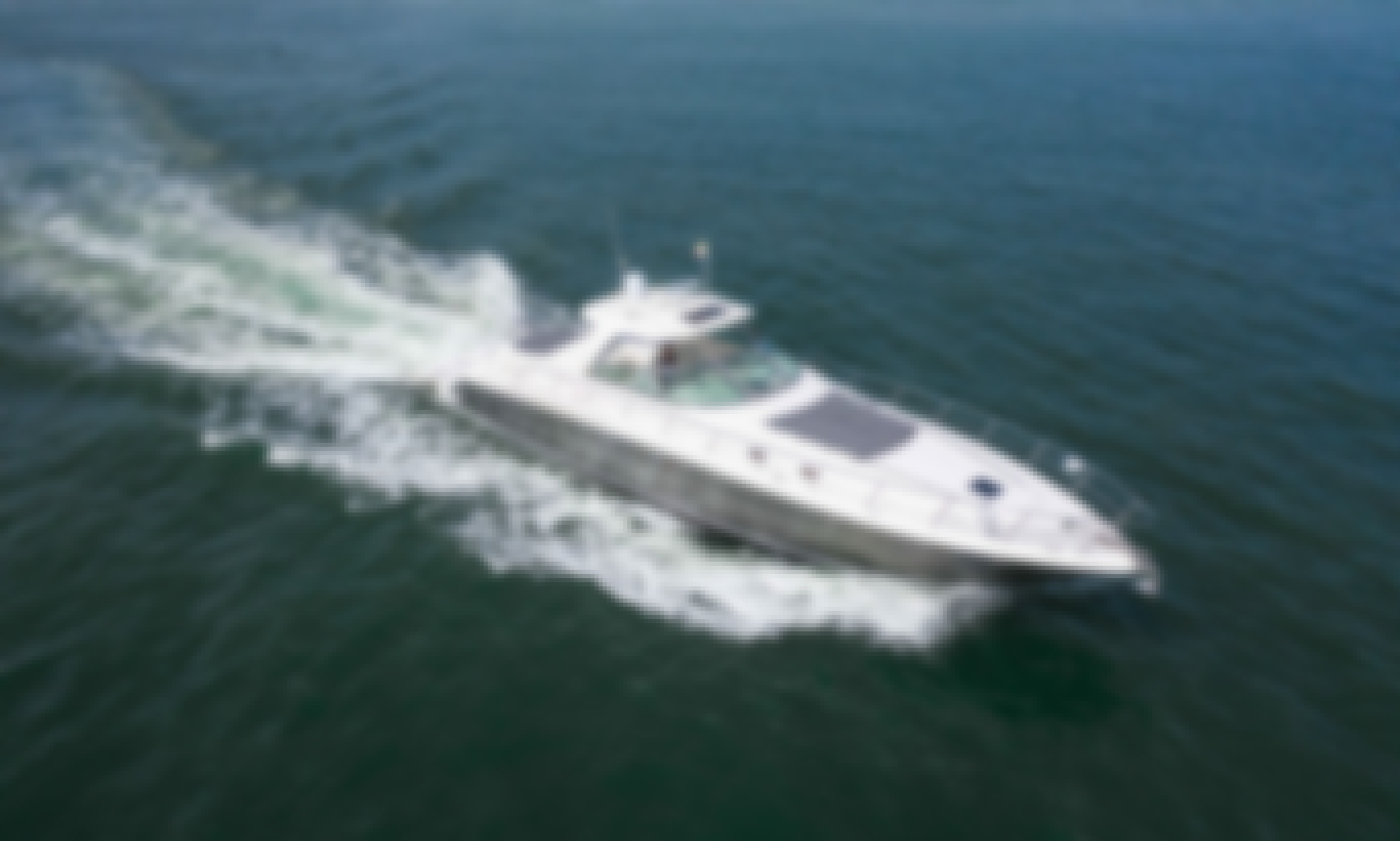 Affordable Party Yacht Experience in Cartagena Aboard Sea ray 62