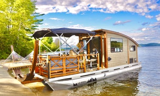 House boat Deluxe Pontoon,Bateau ,Montreal,Quebec,Canada