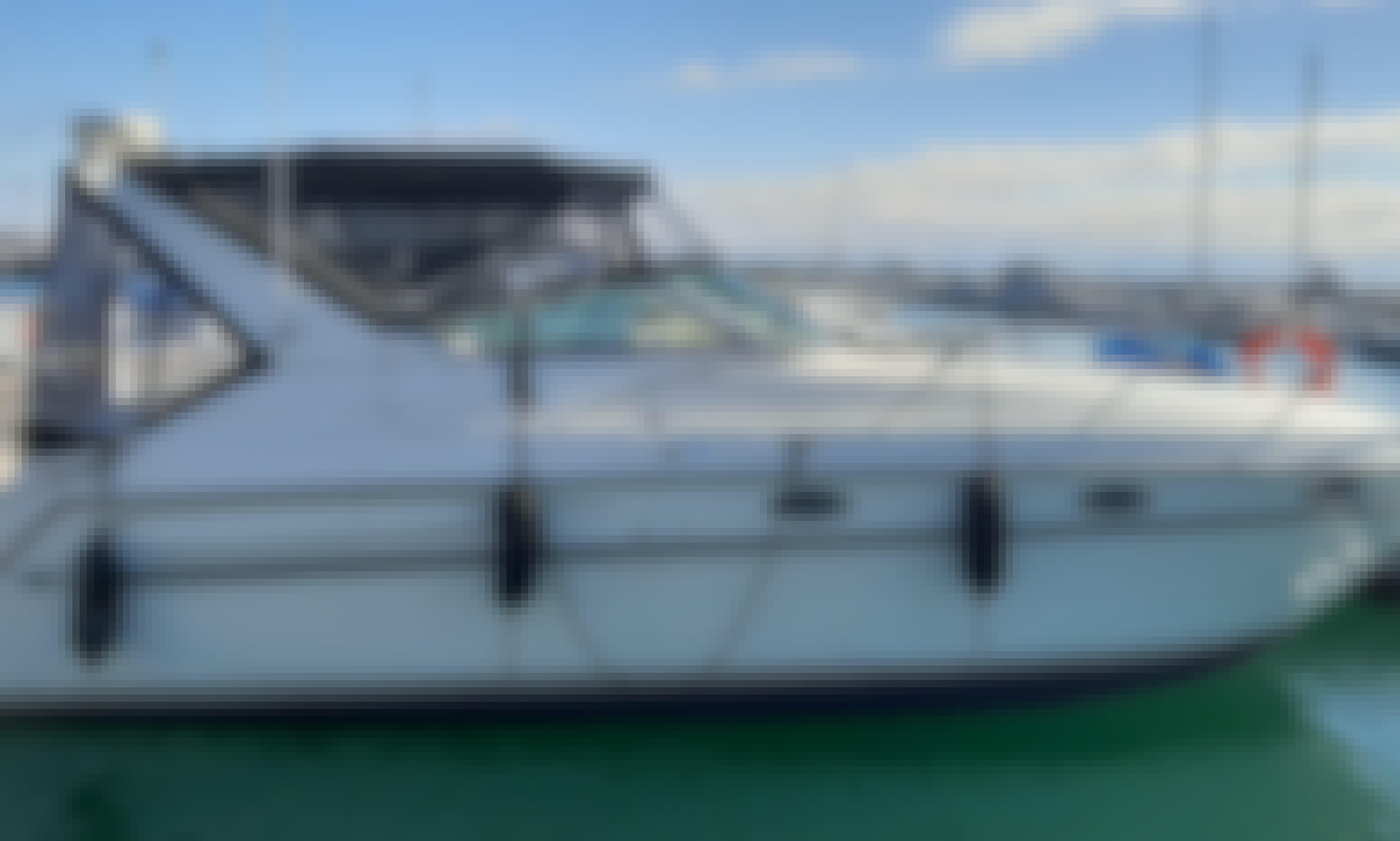 6 passenger Motor Yacht with Captain, 31st Street Harbor Chicago,