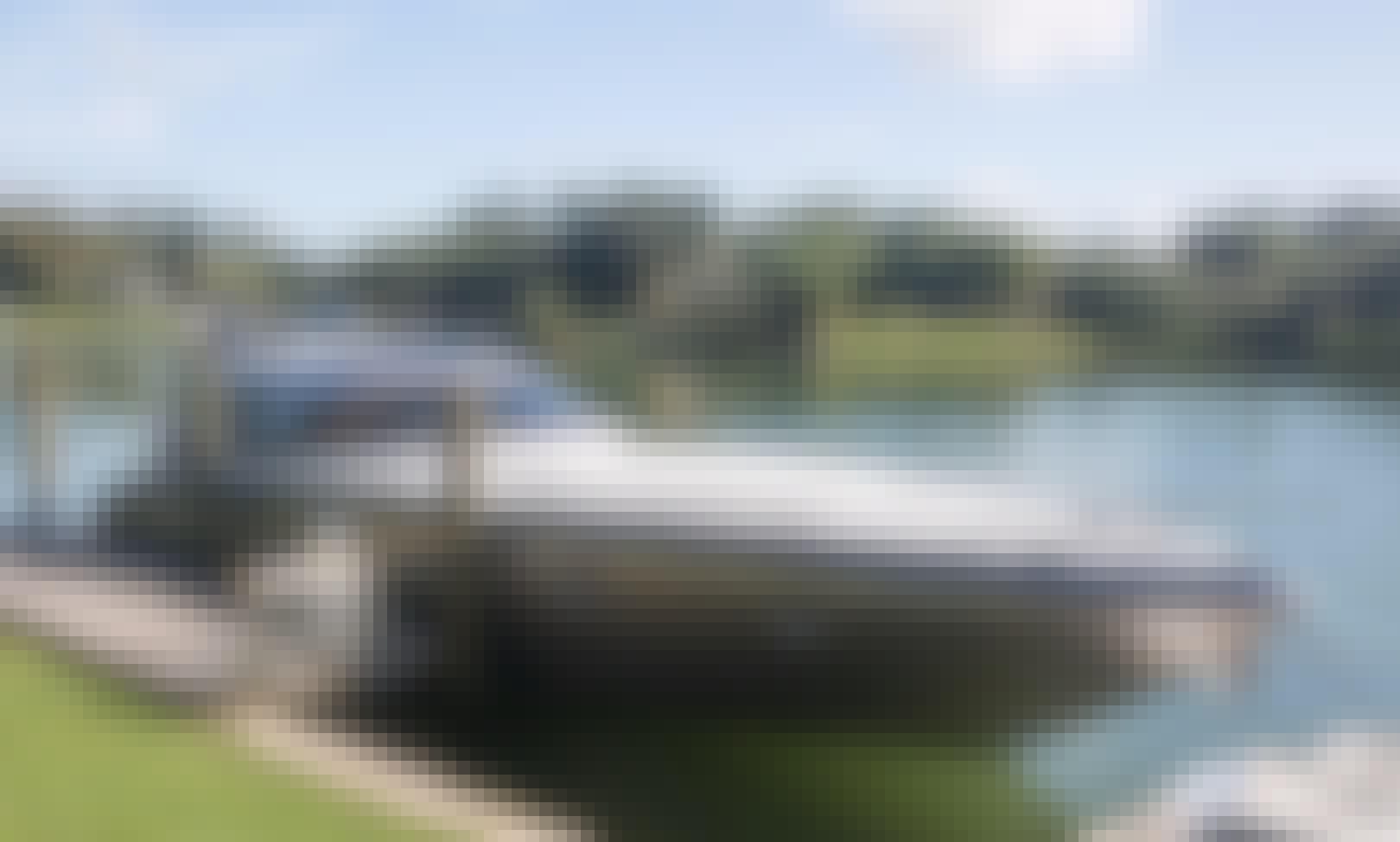 BAIA Italian Cruising Motor Yacht in Miami. Enjoy Luxury in Miami Florida!