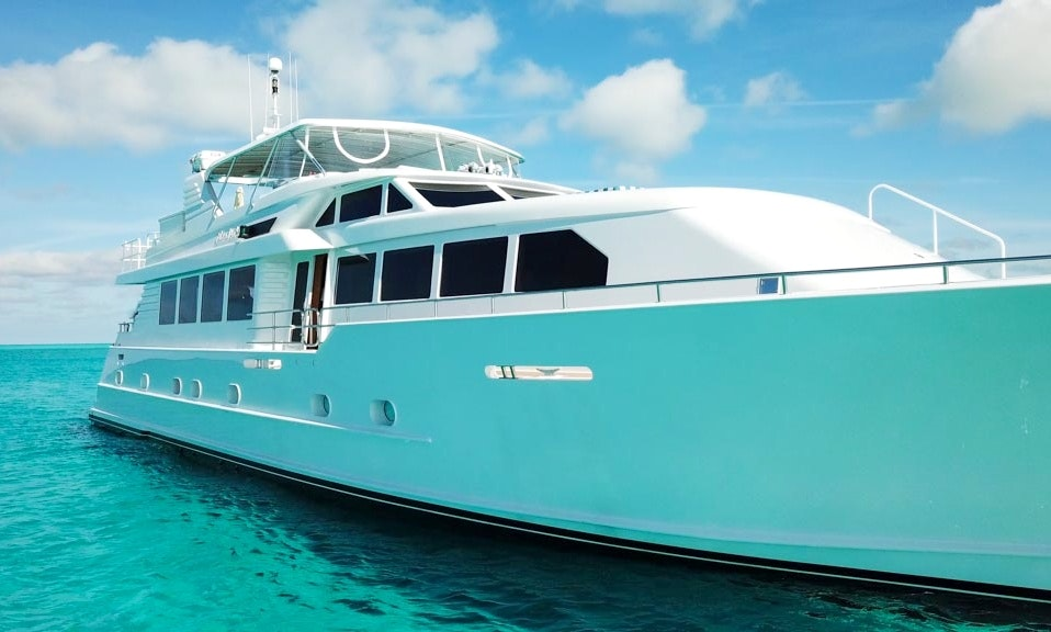 Mega Yacht in Key West, Bahamas, Miami beach... | GetMyBoat