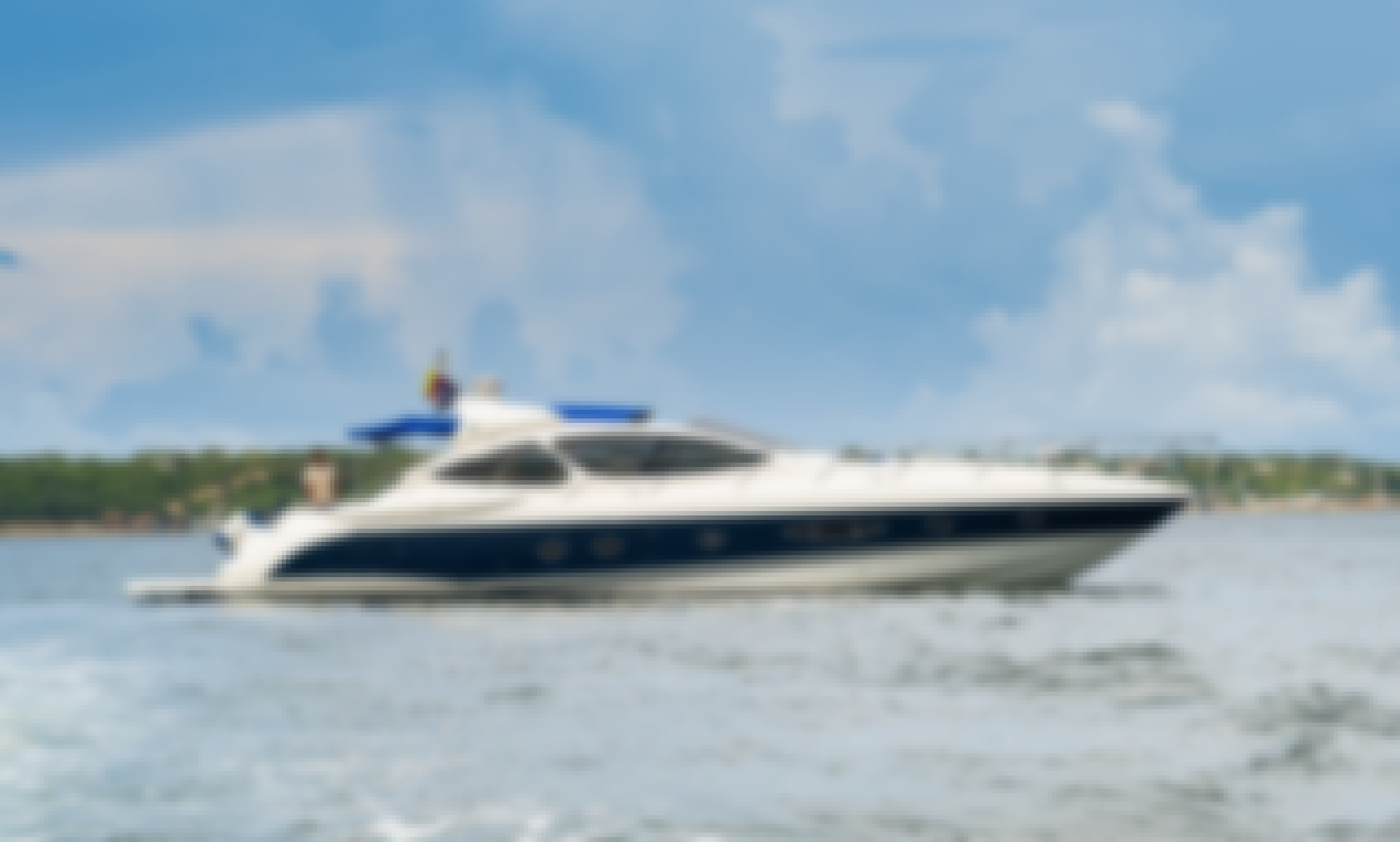 Azimut 55' Luxury Yacht Charter in Colombia