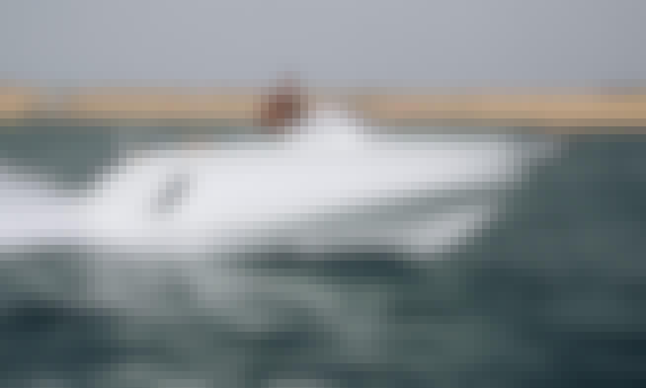 "Beneteau Flyer 7 Sundeck ""Oppidum"" Powerboat in L'Estartit, Catalunya!"