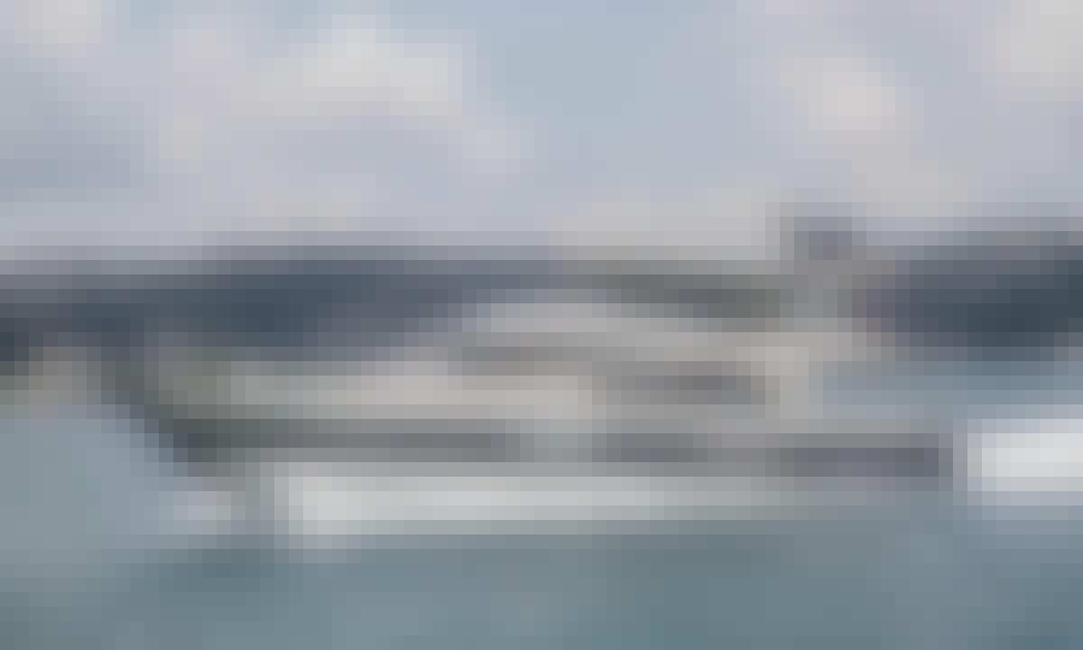 Best 15 Person Luxury Motor Yacht from Instanbul, Turkey