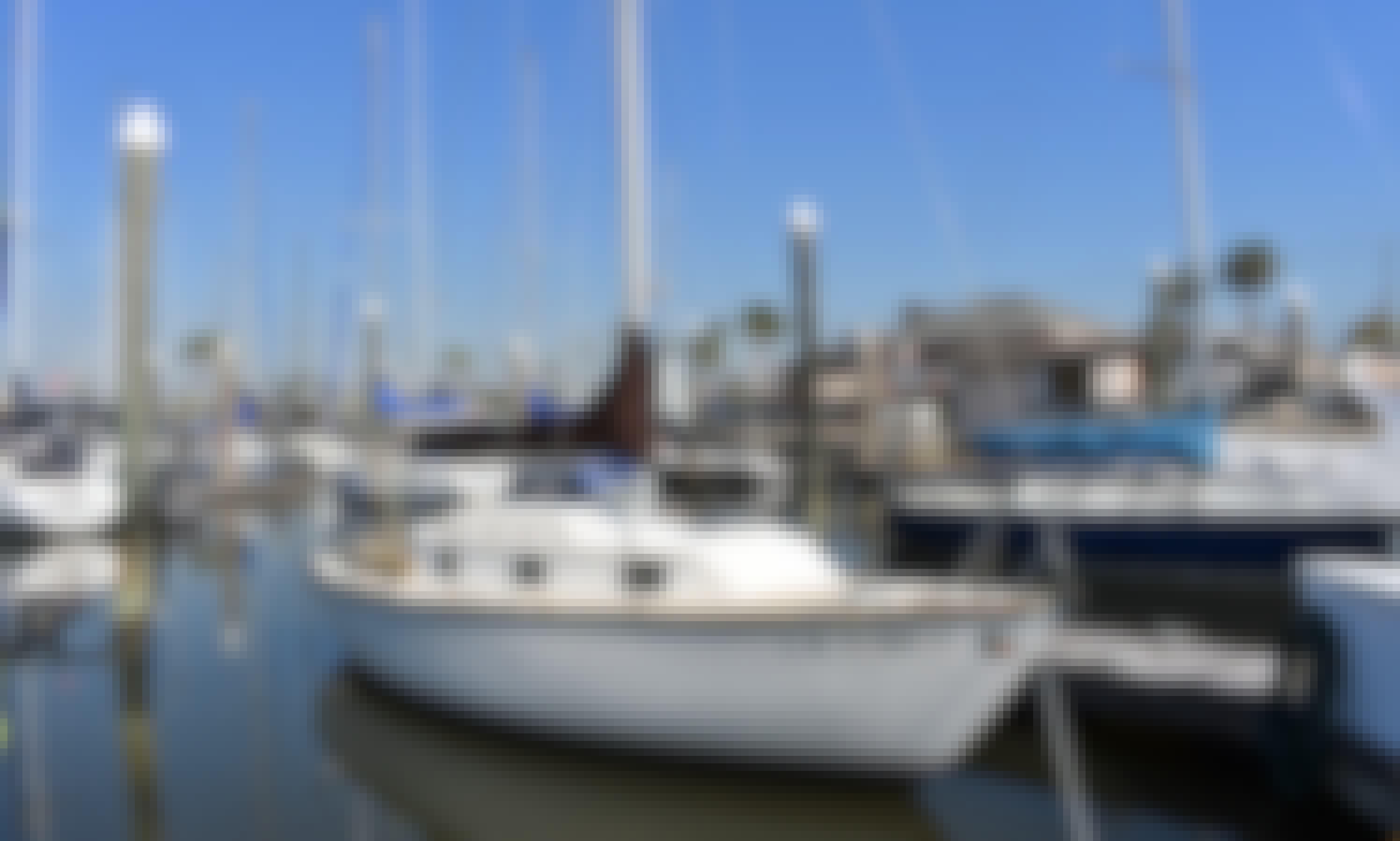 Rent 25ft 'Bonte Koe' Sailboat in Kemah, Texas