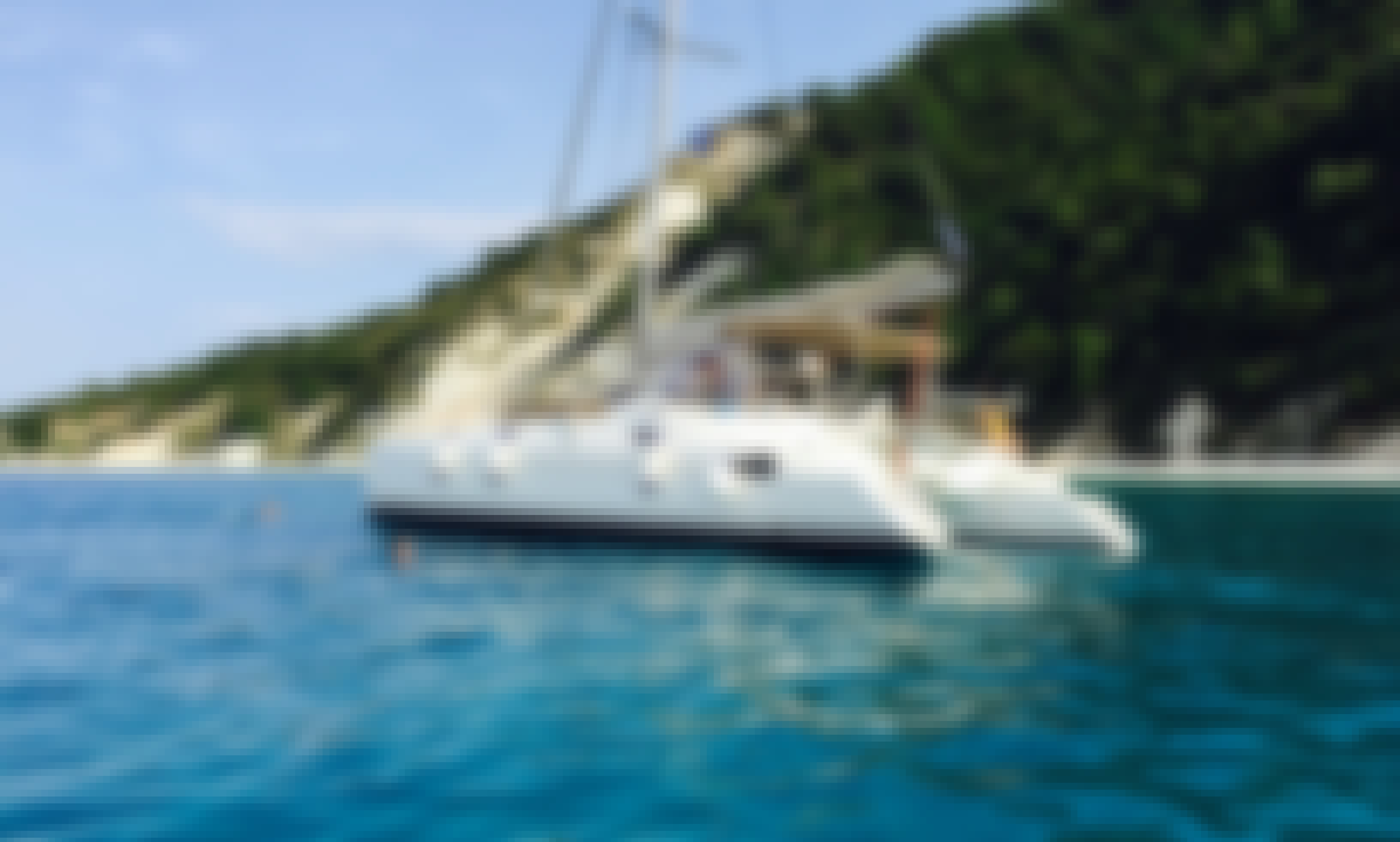 Fountaine Pajot Athena 38 in Lefkada