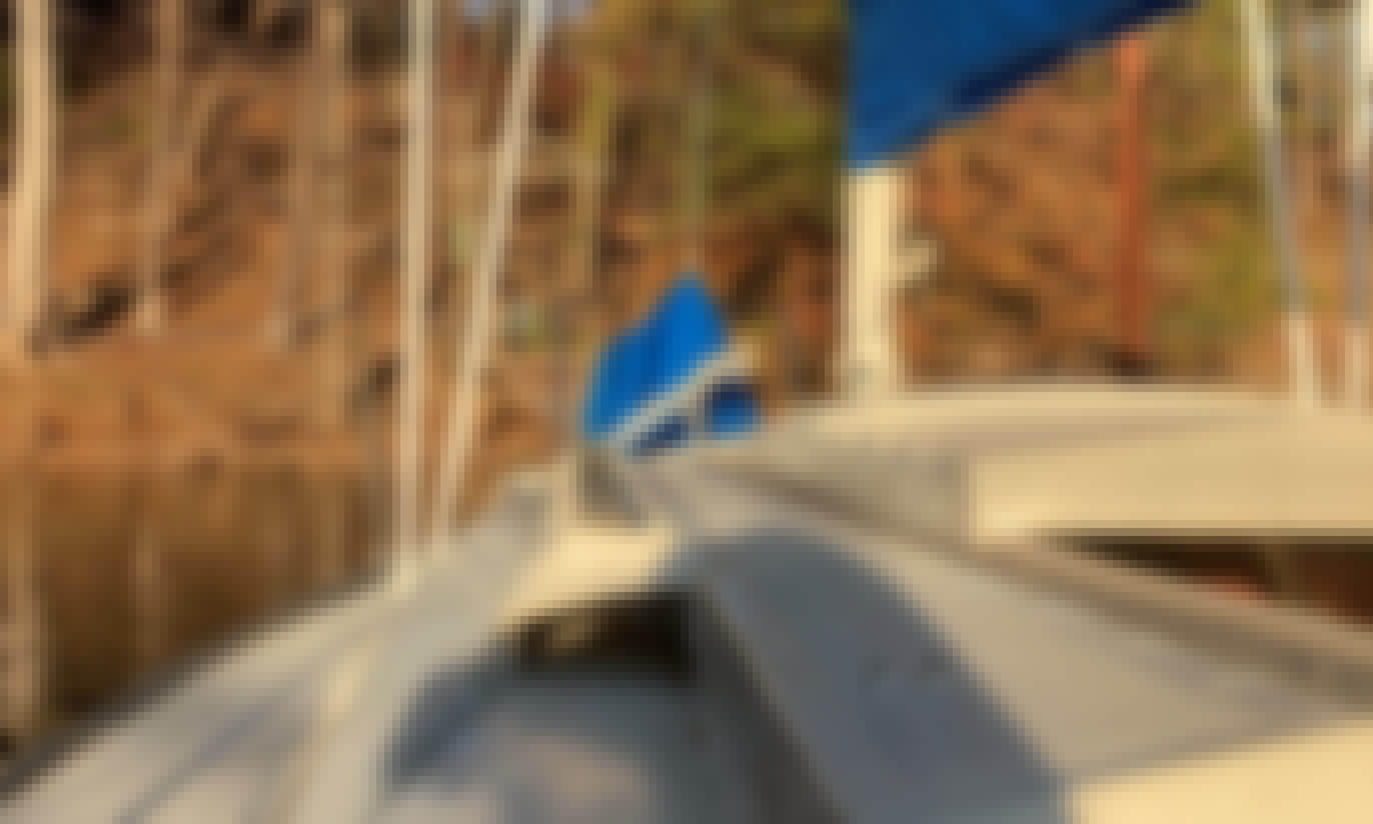 Classic Hunter 25.5 Sailboat with Power on Lake Lanier
