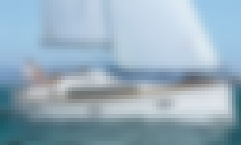 Bavaria Cruiser 37/2015 Sailing Yacht for Charter in Pirovac, Croatia
