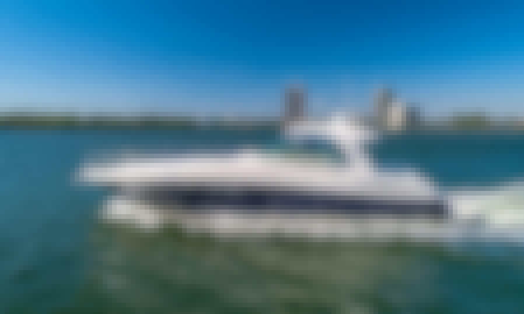 Luxury SeaRay Sundancer 54' in Miami Beach