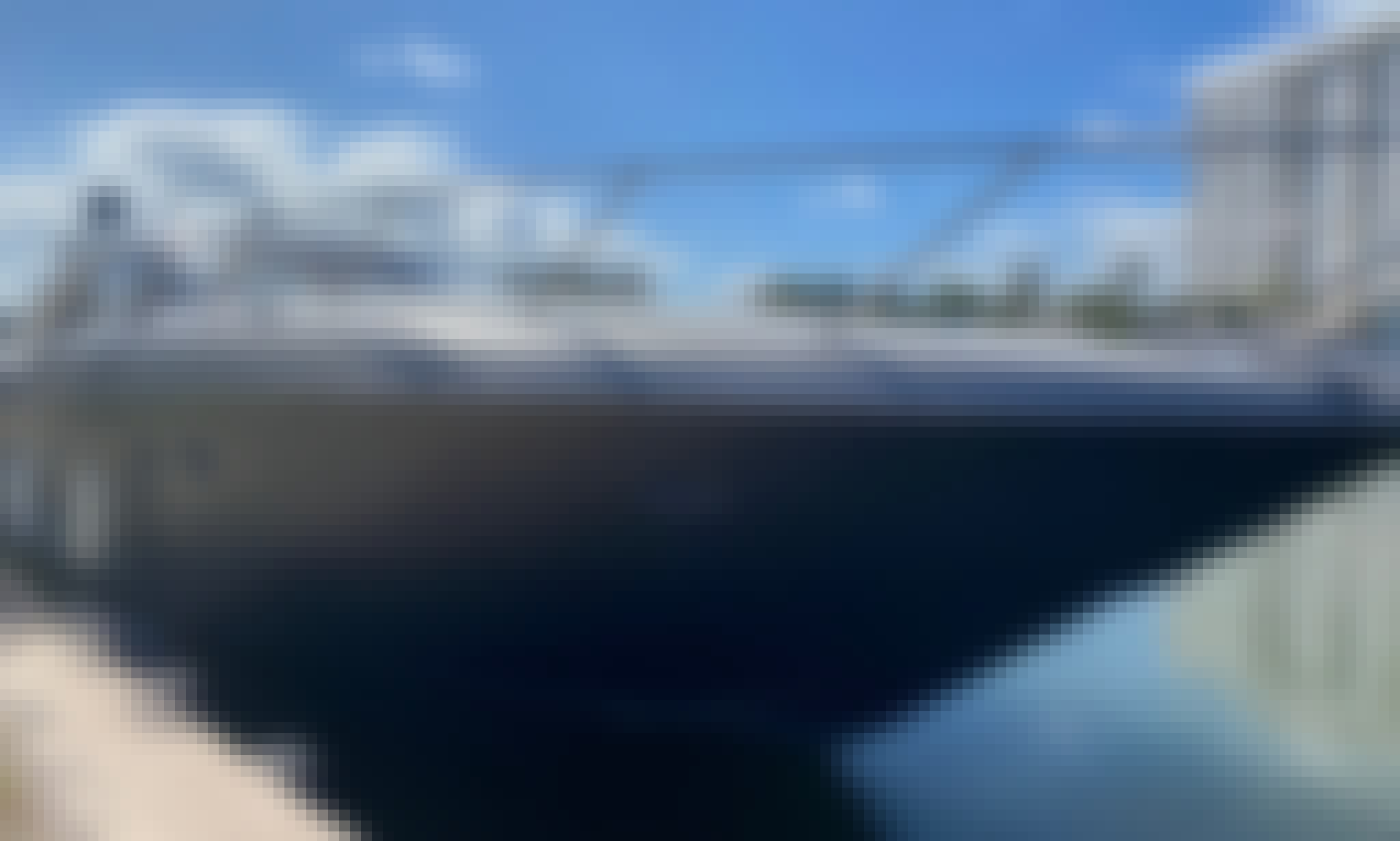 62 Sunseeker Predator Power elegance in Miami Beach
