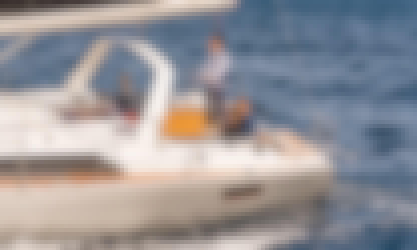 Bareboat Charter te Oceanis 41.1 Sailboat from Lefkada, Greece