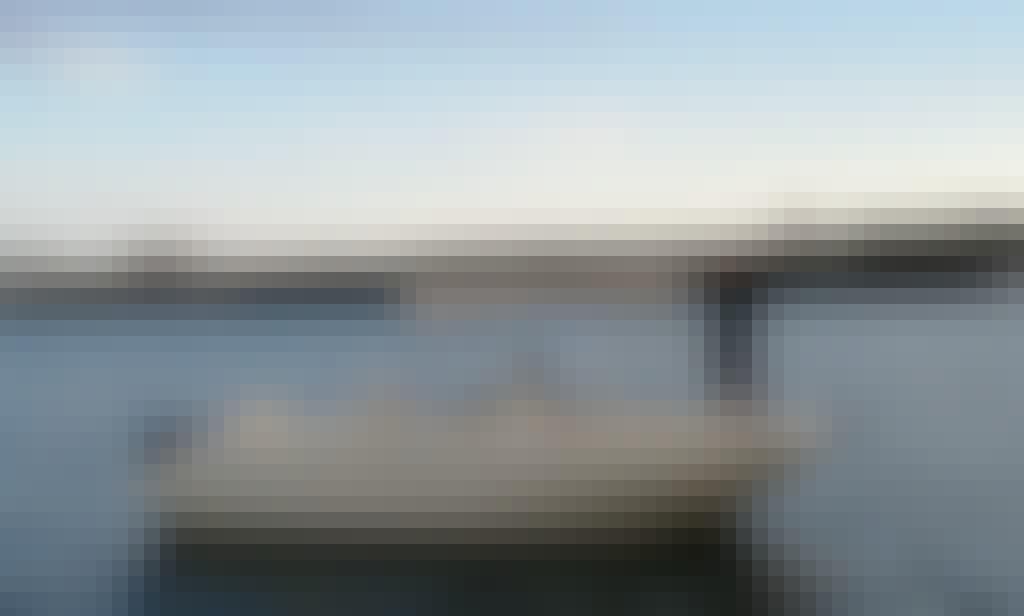 """""""Marte"""" Invictus 190 Fx Yacht Rental in Cap d'Artrutx, Illes Balears"""