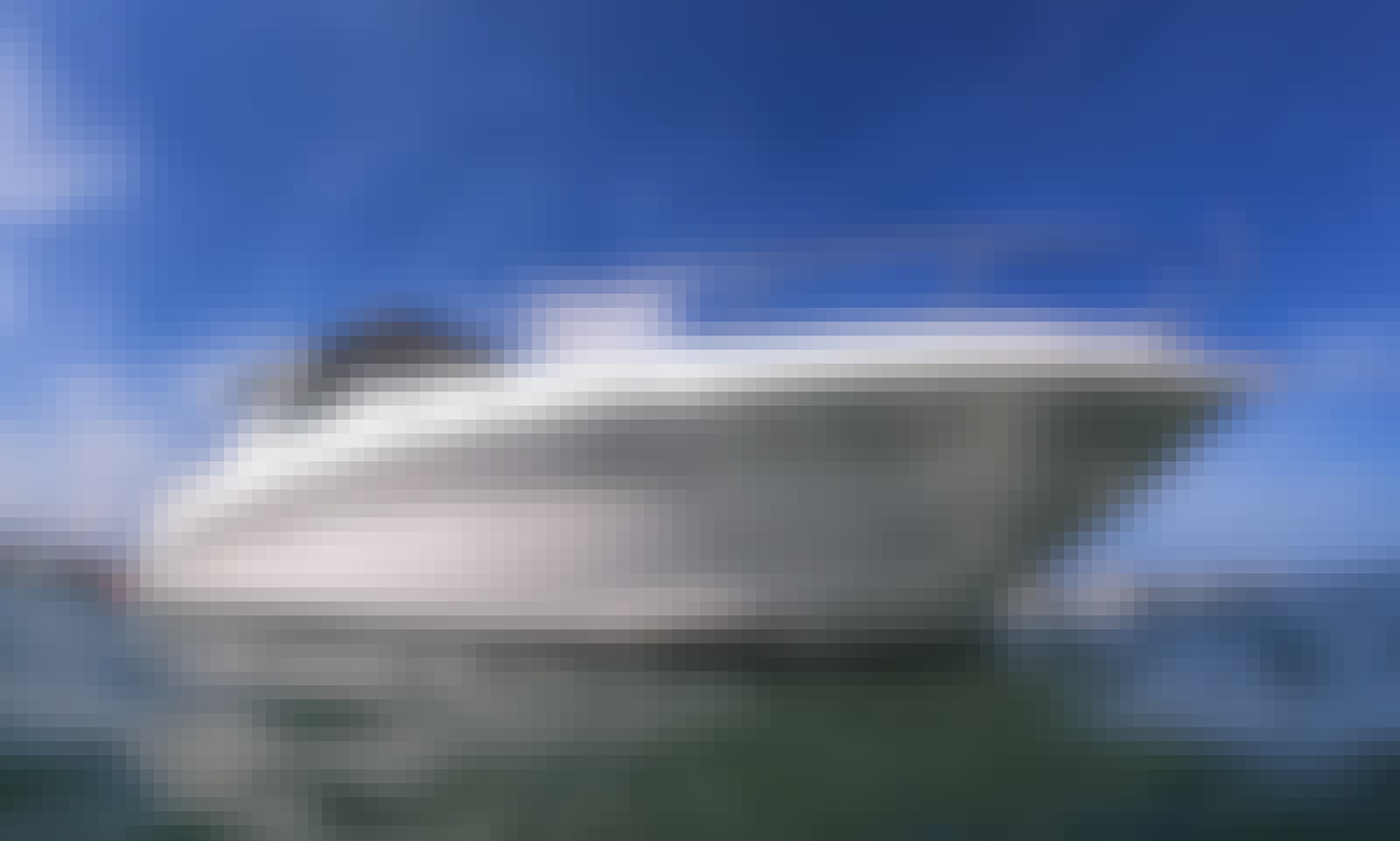 38' Beautiful and clean Yacht in Miami. Captain and fuel included, no hidden extras!.