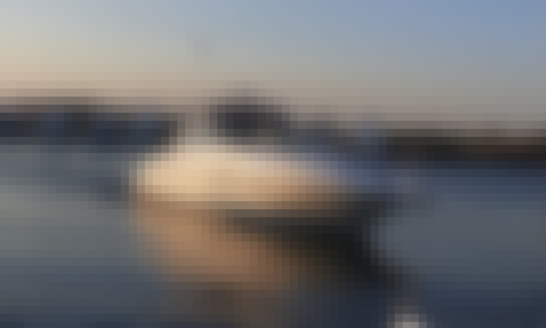 SeaRay Sundancer 41' Power Sport Yacht Crusie in Sag Harbor
