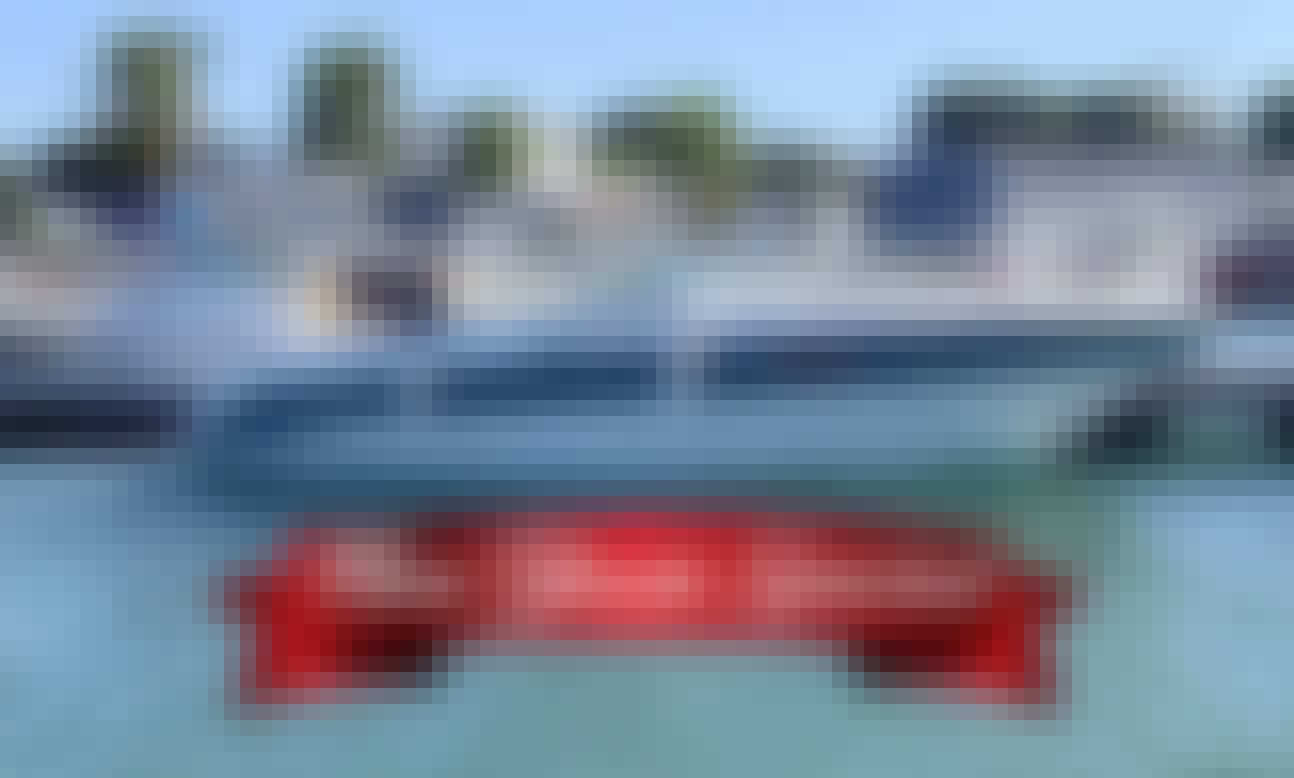 Chaparral 2550SX Motor Yacht Rental in Newport Beach California