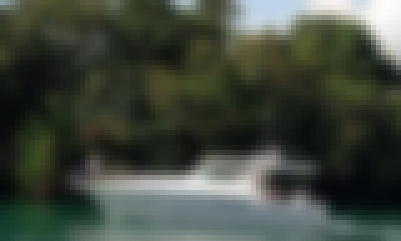 Tiara 42' Sport Powerboar for Charter in Beautiful Casa de Campo