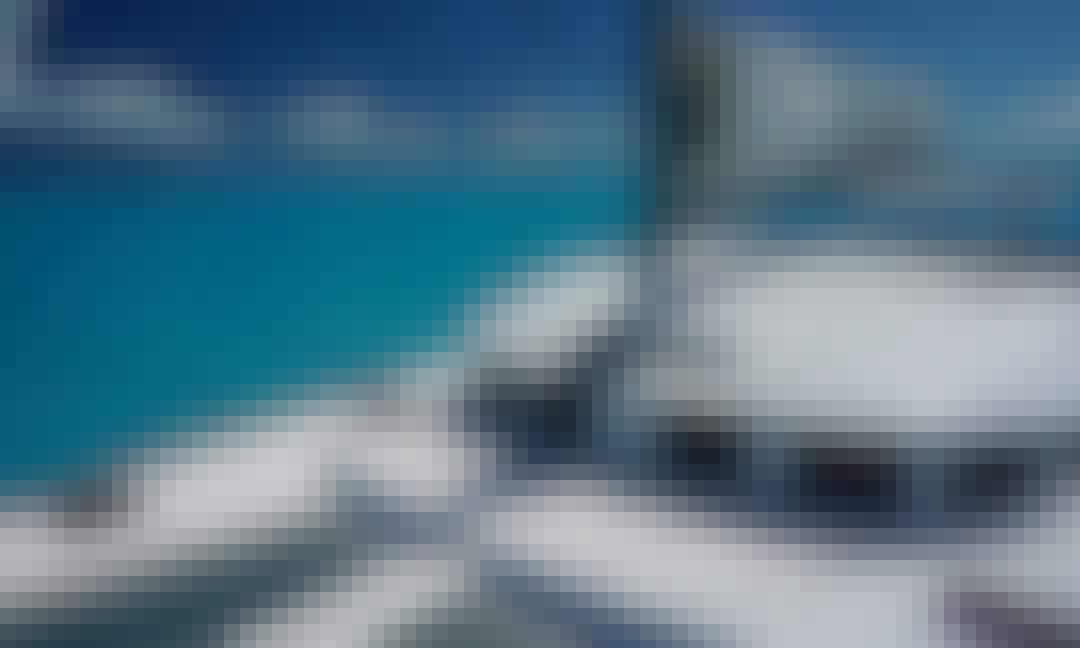 38' Luxury Catamaran in Playa del Carmen