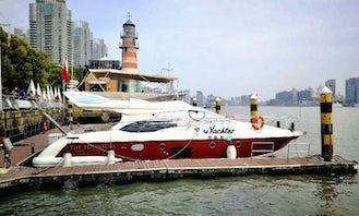 Azimut 47Motor Yacht in Shanghai Shi, China