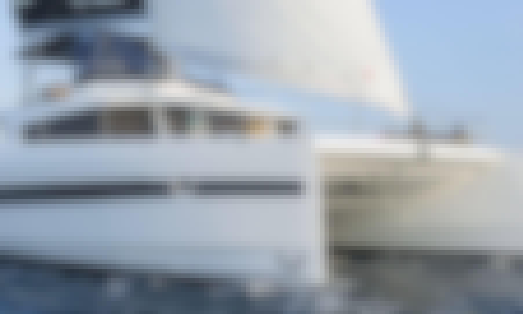 """Crewed Charter on """"Babalu"""" Cruising Catamaran in Alimos, Greece"""