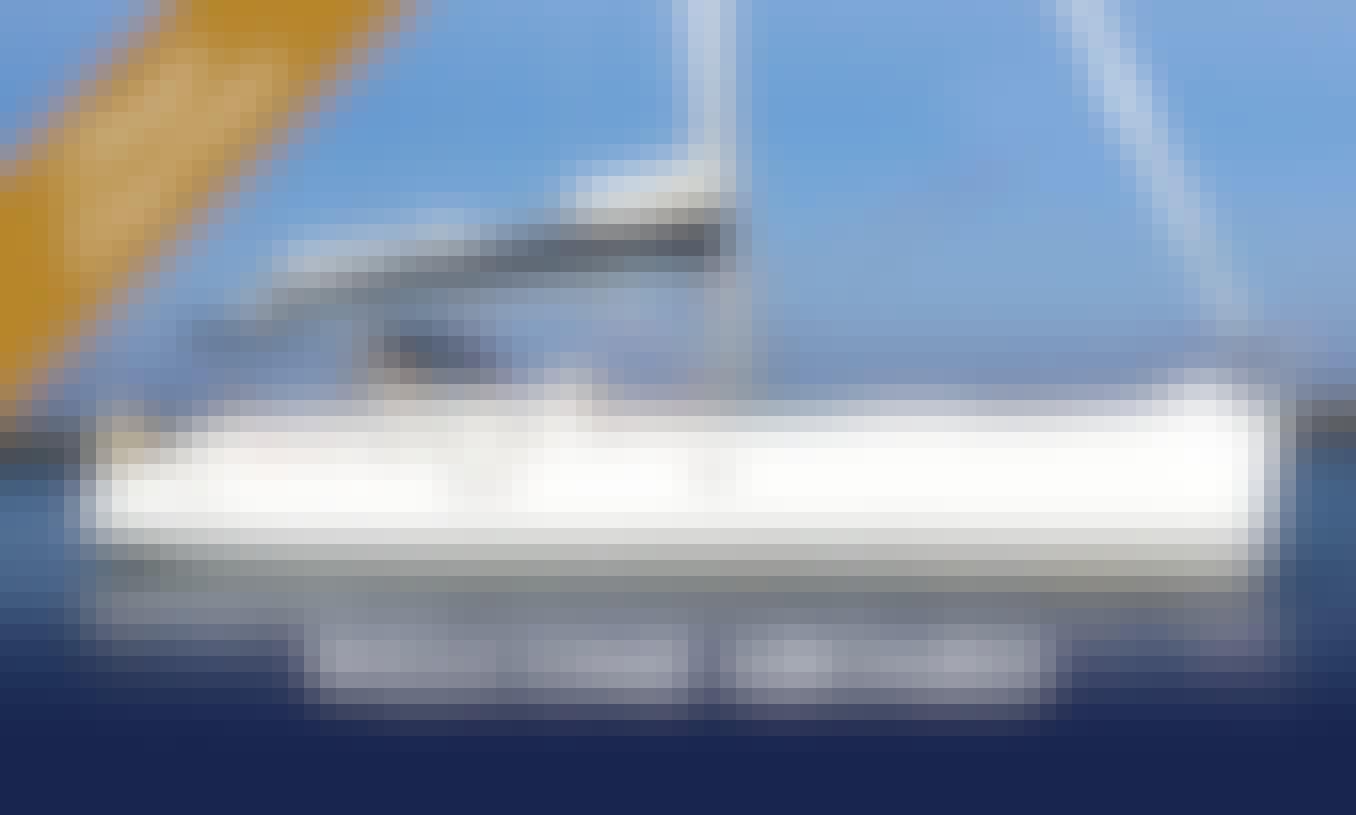 Beneteau 523 Oceanis Sail Yacht Charter in Albufeira, Algarve, Portugal