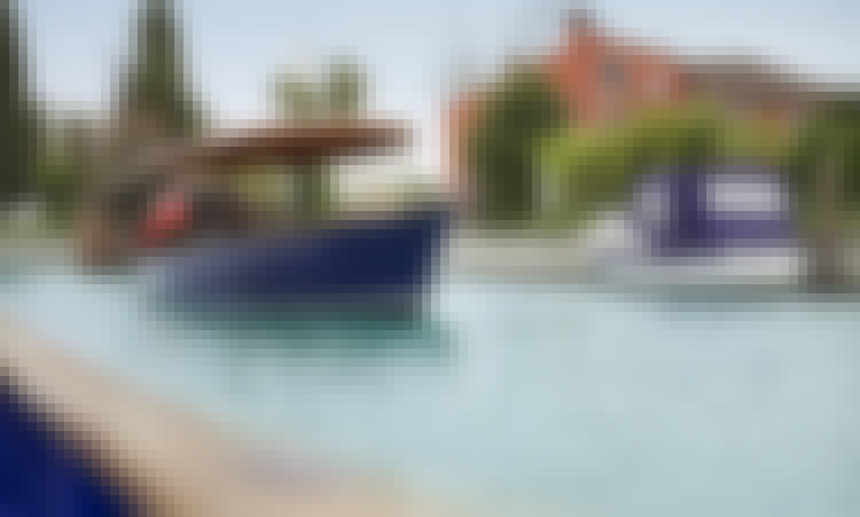 Private Sunset Tour (3-Hours) in Venezia