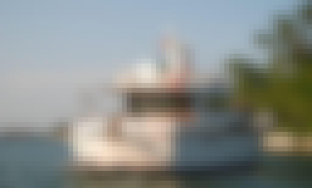 Half Day or Full Day Cruise through the Lagoon in Venezia on