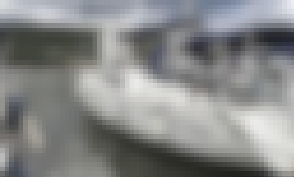 Libra Beneteau Oceanis 43 Sailing Yacht Rental in Olbia, Sardegna