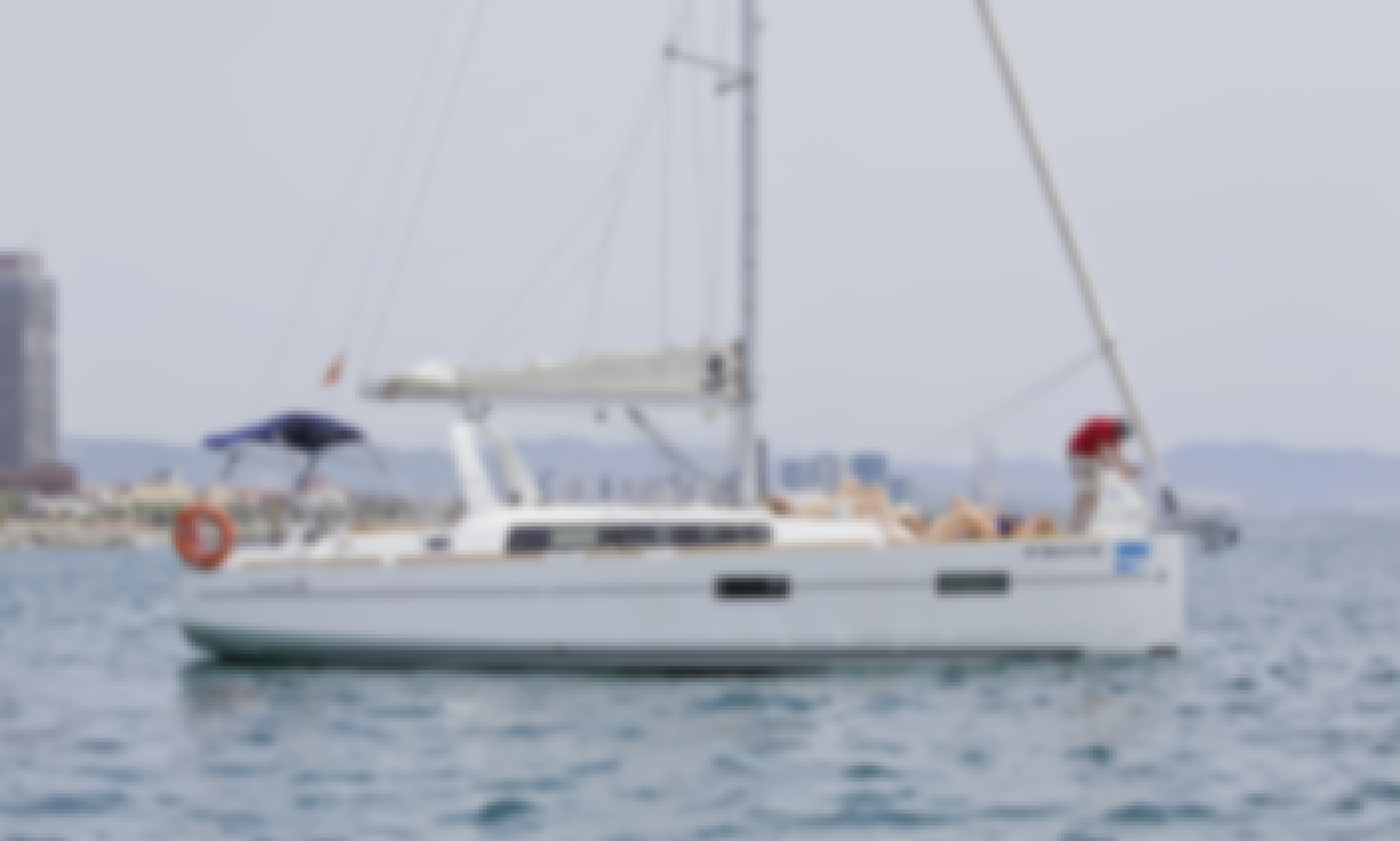 1-Hour Private Sailing Tour for 9 People in Barcelona, Spain!