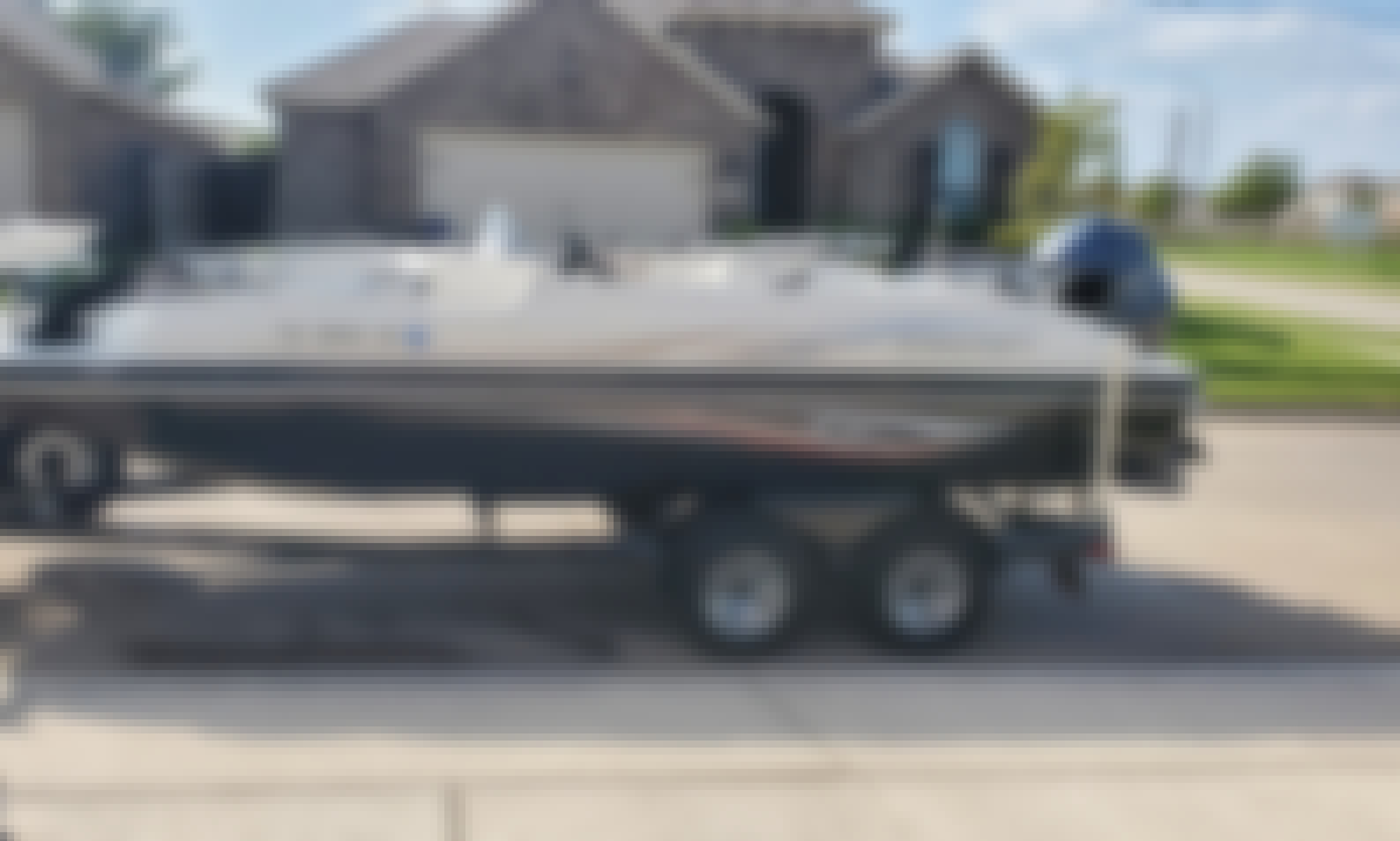 20' Starcraft Limited Deck Boat in Fort Worth, Texas