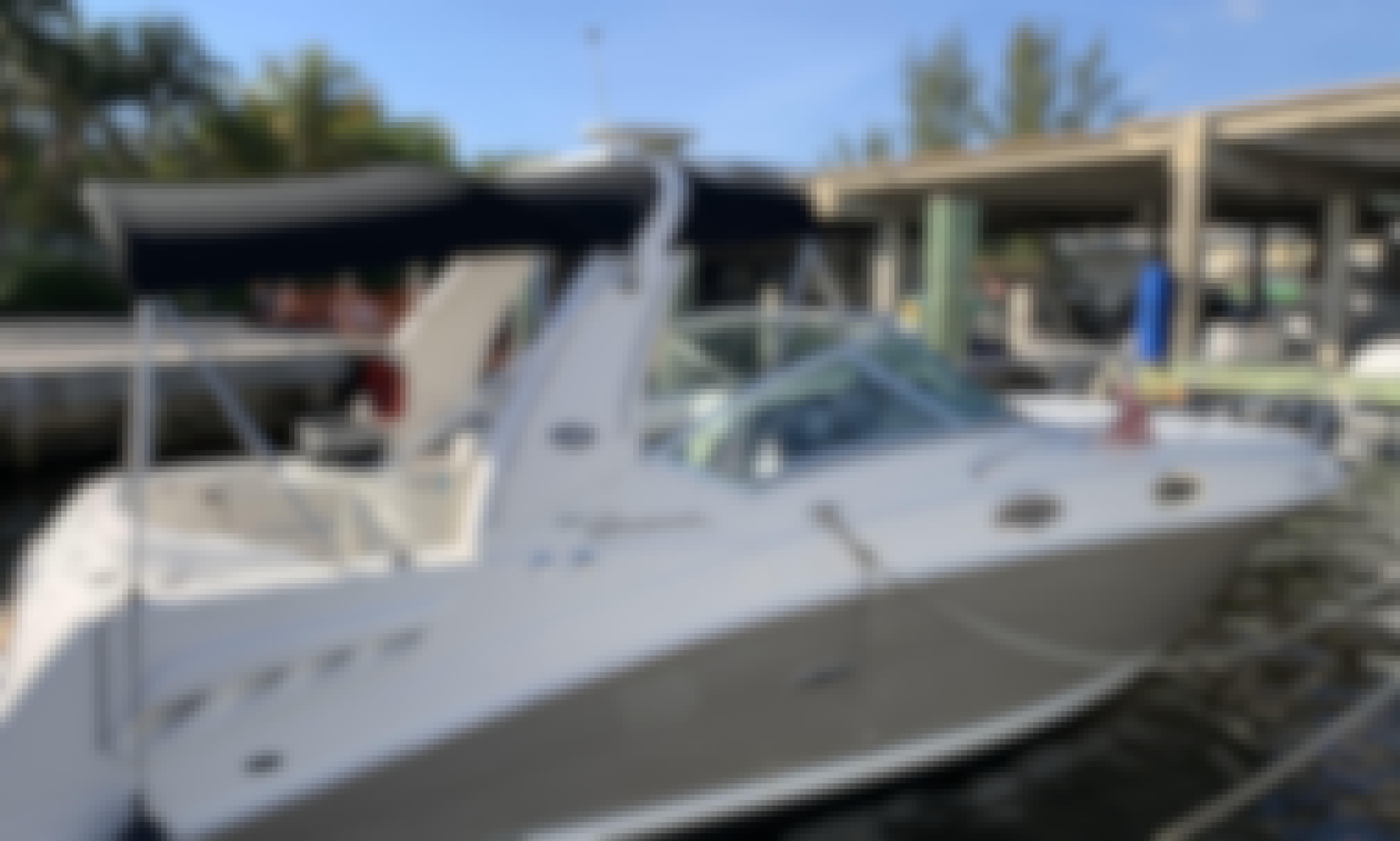 Sea Ray Sundancer 26' for Charter in Miami