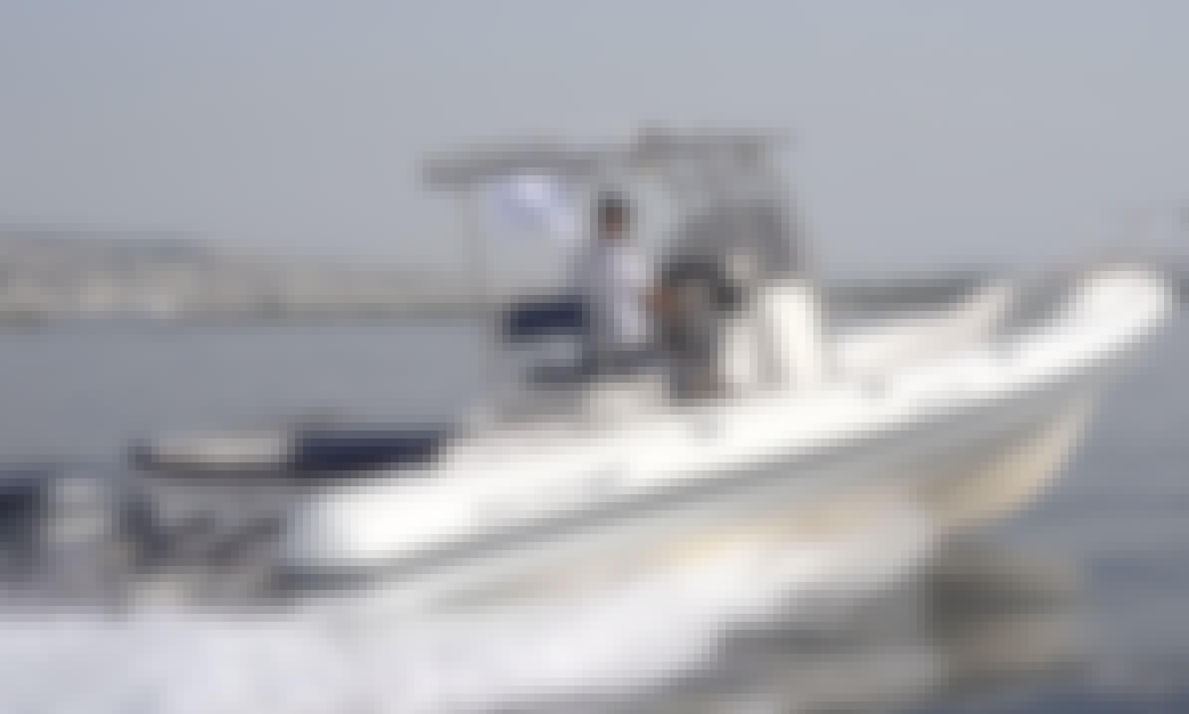 32' Great White Faethon – 2 x 225 Hp Yamaha in Elliniko, Greece!