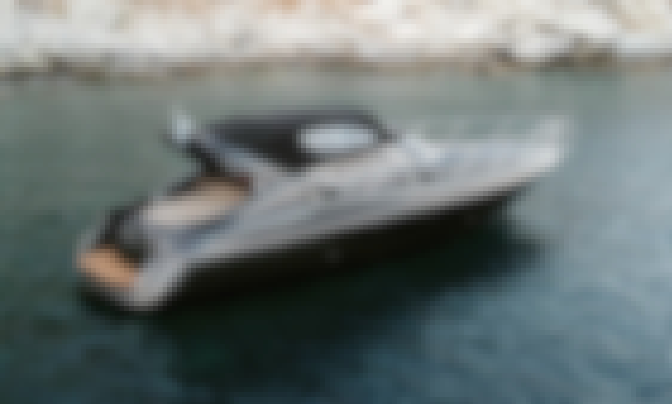 Cranchi 41Luxury Powerboat for Charter in Greece