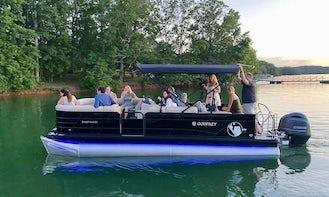 *New 22' Sweetwater Tritoon on Lake Lanier!