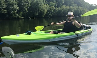 Pelican 10ft Kayak for rent in Stone Mountain