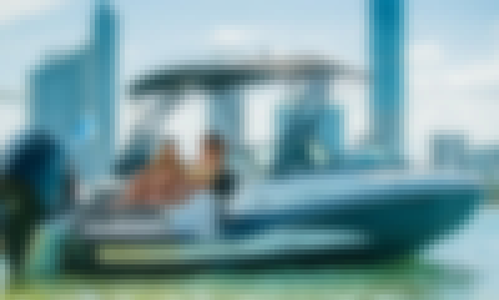 Monterey M-45 Luxury Powerboat in Miami Beach