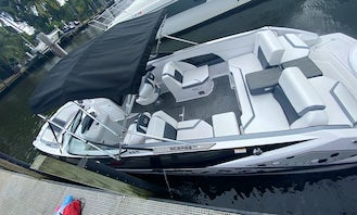 Scarab Jet 255 Powerboat for rent in Miami, Florida