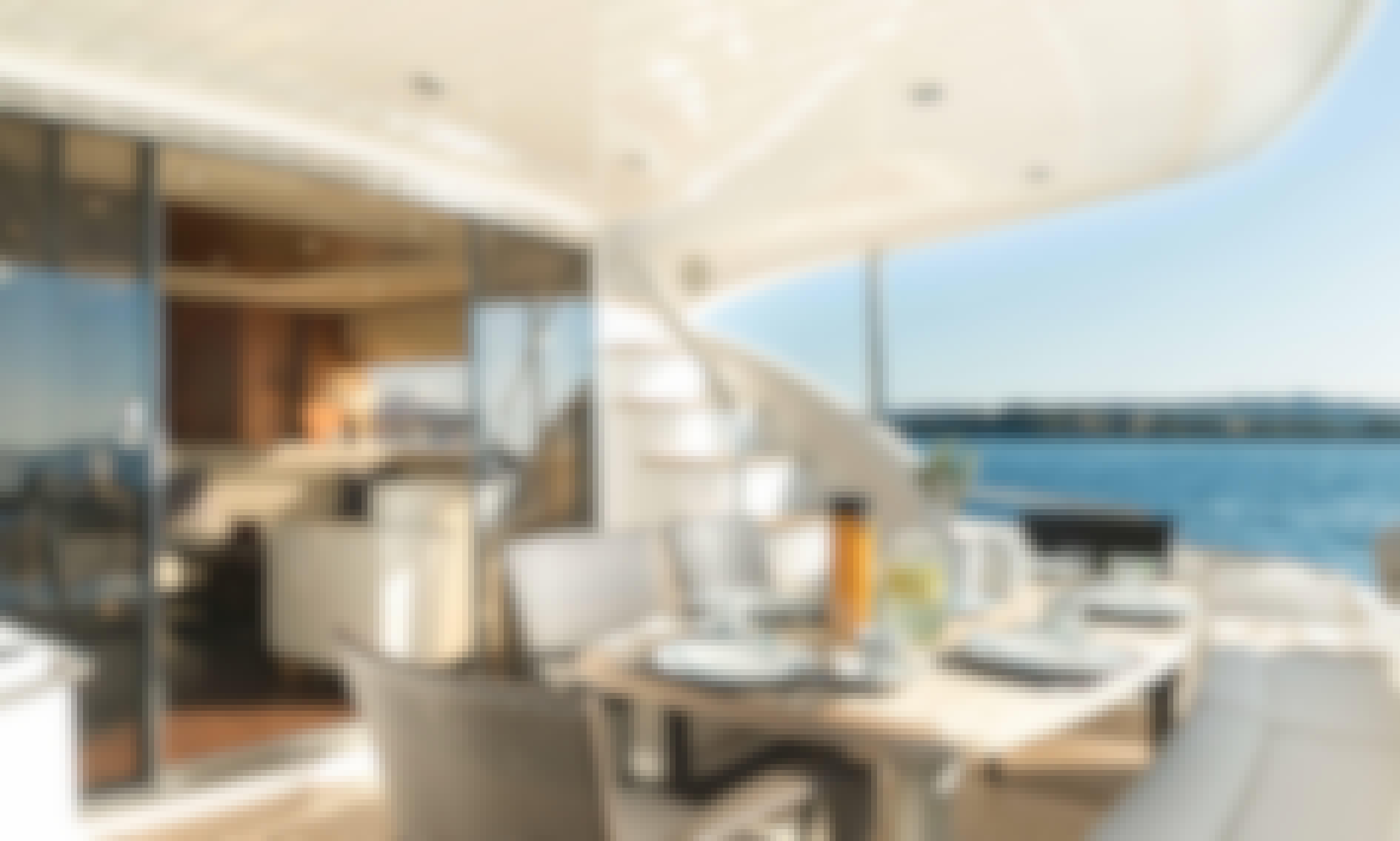 Sunseeker 70 Manhattan Luxury Motoryacht in Corfu, Greece