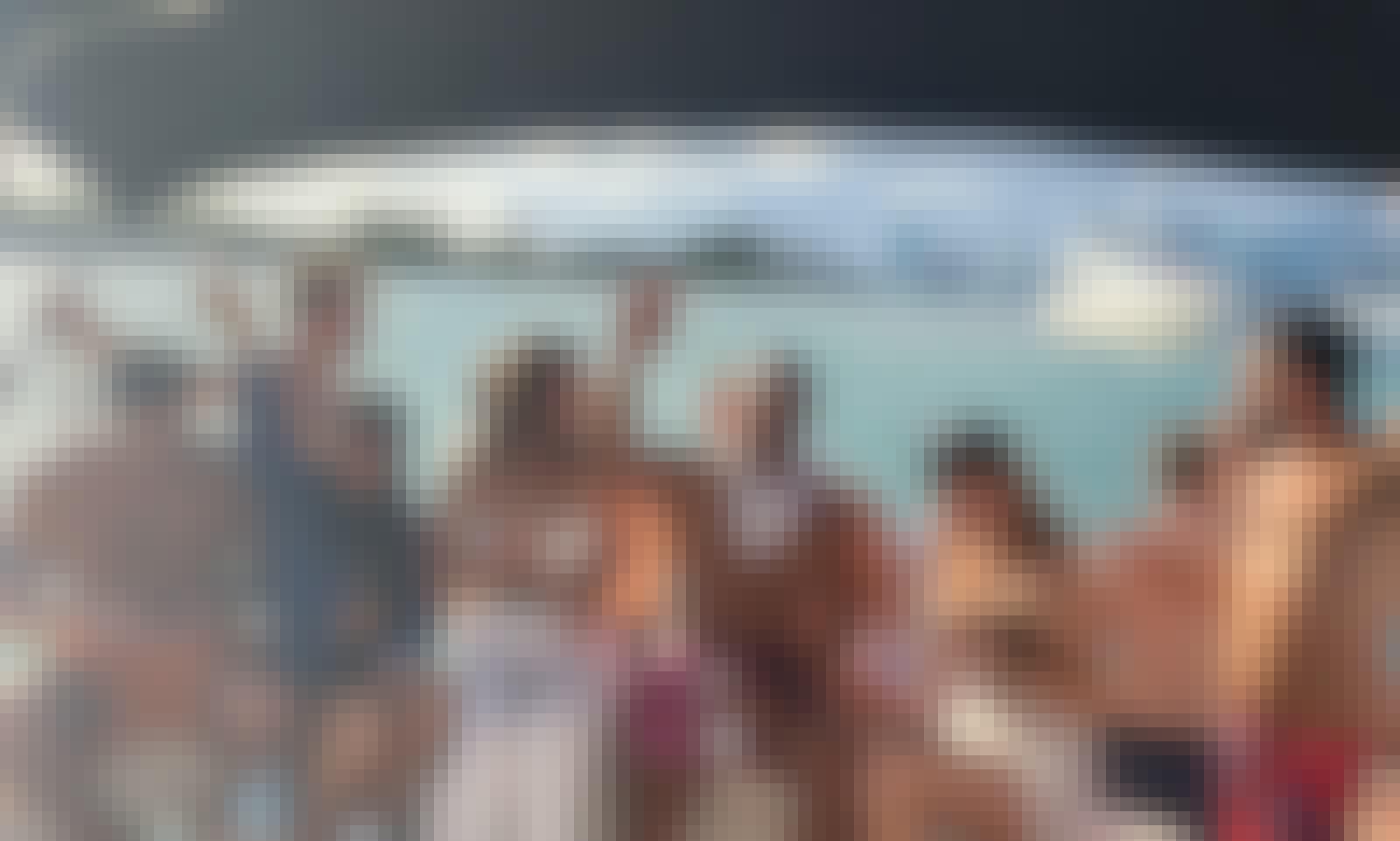 45' Sea Ray Sundancer boat. Best boat rental experience in Miami.