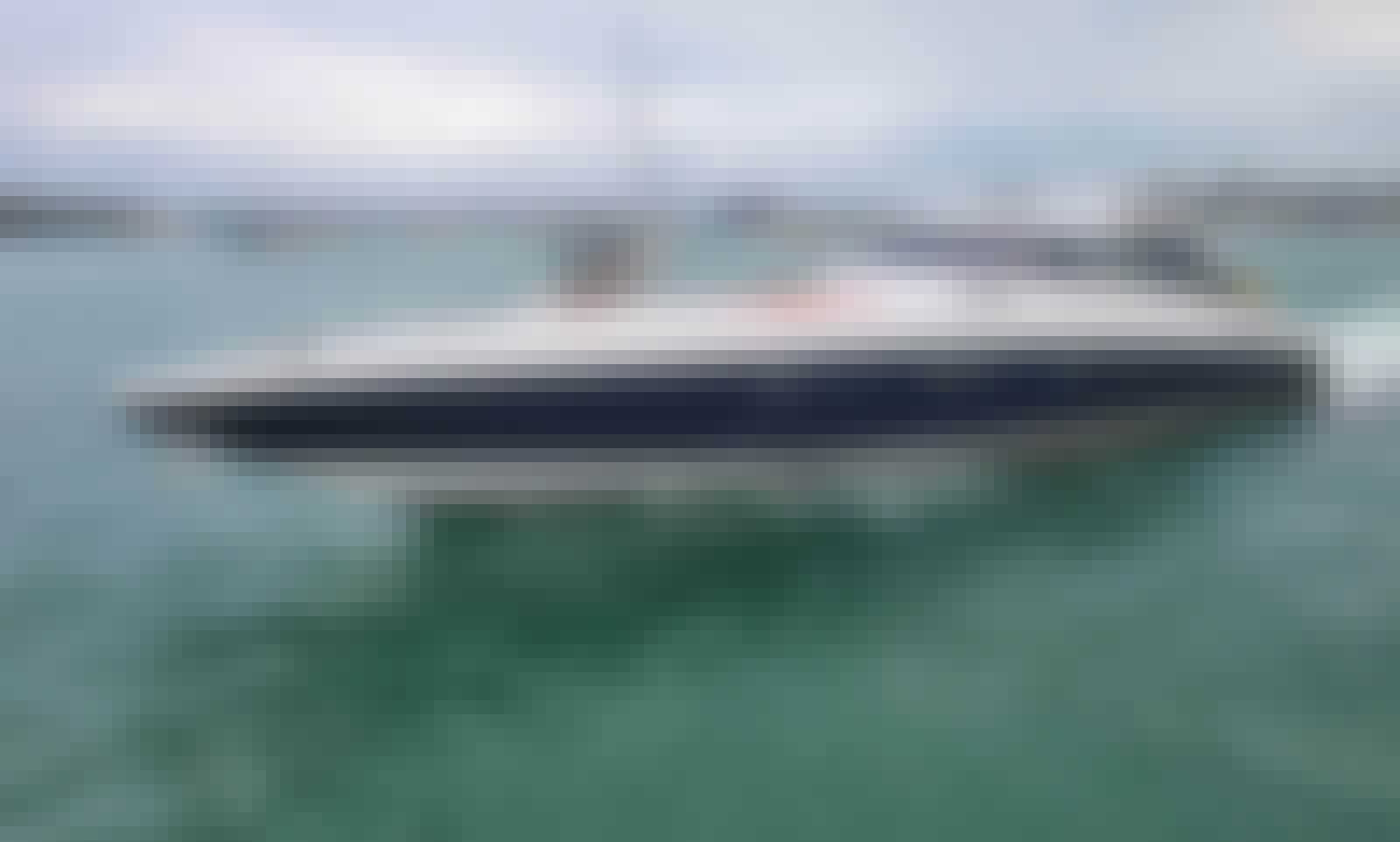 80' Luxury PANTHER Yacht for your best rental in Miami