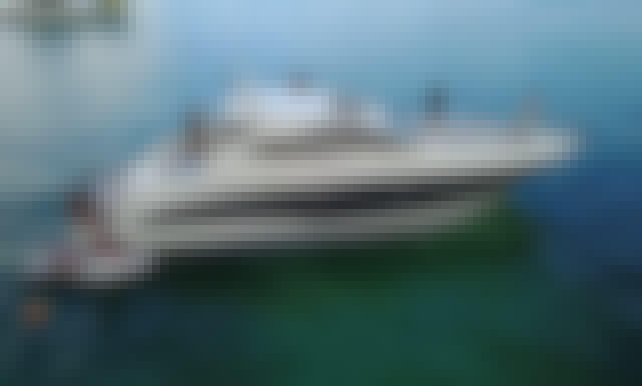 Luxury Hastonda 54' Yacht for Charter in Boca Chica