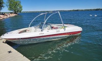 Bayliner 18' Ski Boat for 8 people in Denver, Colorado